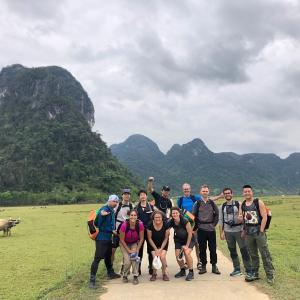 ベトナム ‐Day1 Wild Tu Lan Cave Explorer -