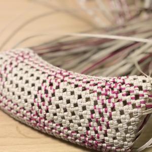 夕方からかな。底編みが完成した石畳み編み作品、またボチボチと。