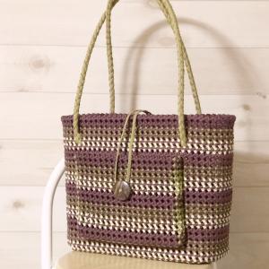 グリーン系グラデーションバンドの石畳編みのバッグ