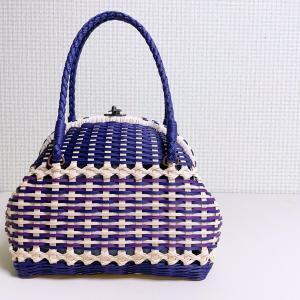 道の駅「南越前山海里」にて販売予定のがま口バッグが4色出来ました。