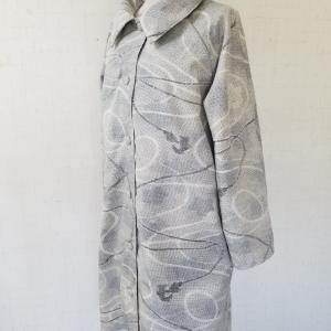 大きな襟のコート