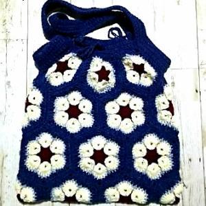 バッグの持ち手部分が編めました。