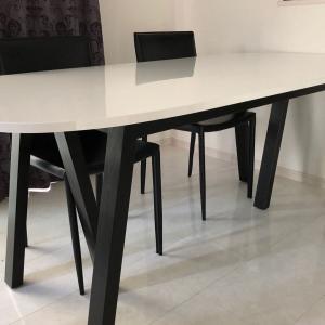 IKEAで新しいダイニングテーブル買いました
