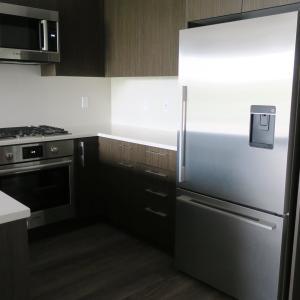 新居の冷蔵庫のご紹介。在庫が少なくなったら収納の見直しのベストタイミング。