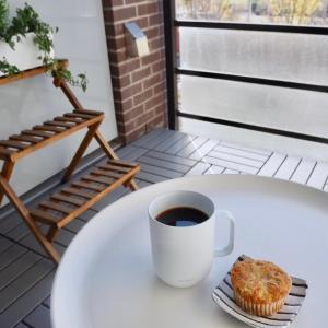 2020年秋は一生忘れない!バルコニーで紅葉とおうちカフェ堪能&食欲の秋ですね。