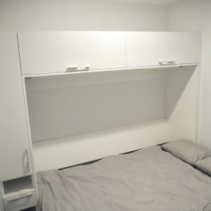 約4畳の寝室 兼 書斎 部屋の使い心地 & IKEA人気アイテムで収納見直し
