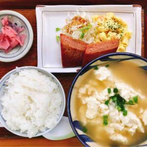 ななほし食堂のゆし豆腐セット(ポーク)