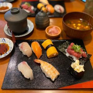 昼飲み推奨メニューも豊富♪ランチも出来る綺麗なお店『寿司劇場 はち助』・・・西宮