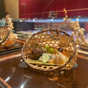 結婚記念日ディナーで再訪!ちょっと贅沢な至福のひととき。寿司割烹『はせ川 心斎橋本店』
