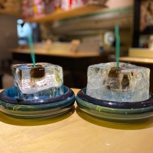 純氷ブロックを器にしたアイスコーヒー 飲み放題なんて素敵『やき芋とかき氷専門店 オミツ』心斎橋