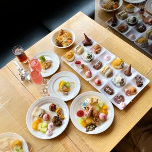 小さな魔女とおばけのティーパーティー!お茶目で可愛い食べ放題『神戸ポートピアホテル SOCO』