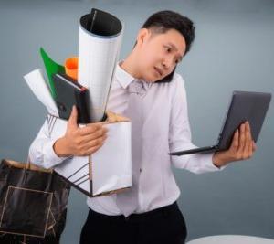 【ハードでつらい】忙しい職場で働く薬剤師の悩みや苦悩を紹介