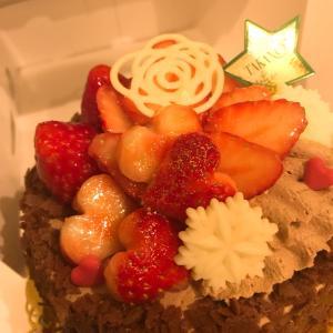 結婚記念日にケーキ!