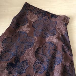 ロングスカート。