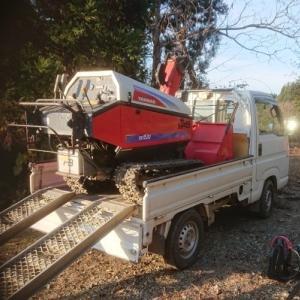 除雪機も修理に・・・。