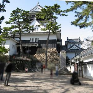なごやんの旅日記(55)車窓の城⑲岡崎城