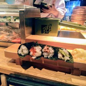 一人で並んで食べてきた手巻き寿司