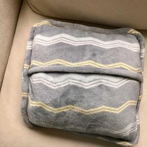 今年も活躍ニトリの着る毛布