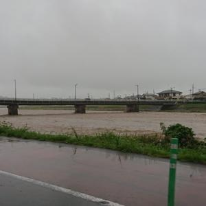 台風19号は雨が凄かった!エリアメールがガンガン来るし・・・