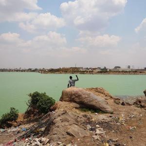 ザンビアの首都ルサカで現地の人との触れ合い(性的な意味で)