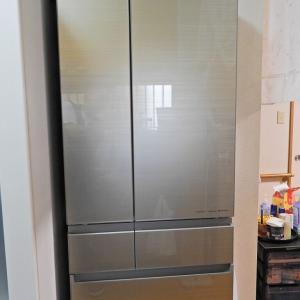 ああ~!!今度は冷蔵庫がこわれた!!