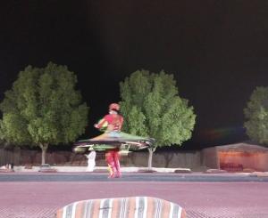 UAE旅行記-5-砂漠の夕暮れ、グラマラスなベリーダンス観ながらアラビックバーベキュー