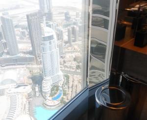 UAE旅行記-19- ドバイ・天空のレストラン「アトモスフィア」に驚嘆!(後編)