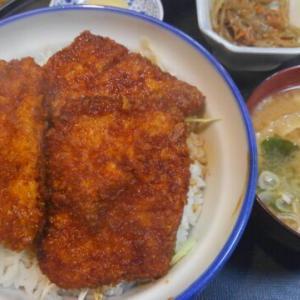紫波町、レトロな日詰商店街「松竹のソースカツ丼」