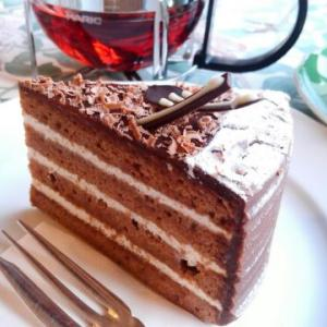 滝沢市・マイヤーリングのチョコレートケーキ「モーツアルト」と「アッサムティ」