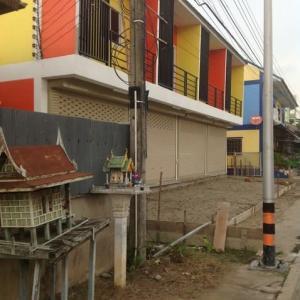 新しいタウンハウス