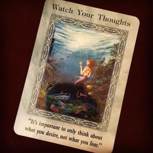 カードメッセージ:あなたが考えていることは?