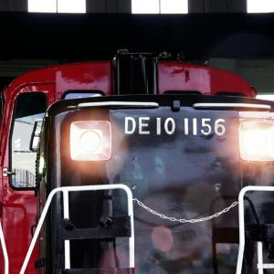 DE10 と DD51 / 京都鉄道博物館にて