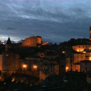イタリア便り~ 美味しいもの食べ行こうイタリア!トスカーナの美しい村