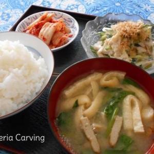 鶏ときゅうりのマヨ和えの朝食