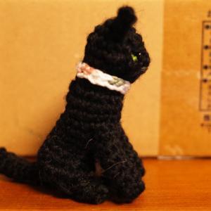 猫の編みぐるみ & ディル