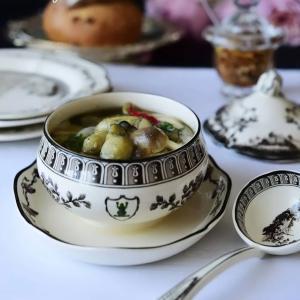 雪予報の週末…牡蠣&茸のアヒージョよ~♪