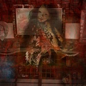 創作人形と近所の神社