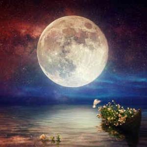 明日は魚座満月!