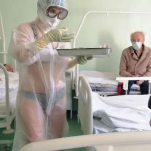 ロシア看護婦、奮闘した後に処分、そしてモデルデビュー……