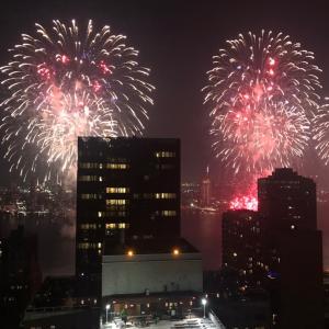 Happy July 4th!! 独立記念日の花火。
