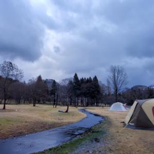 初めてのキャンプ場の朝より