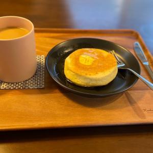 えぐぅ〜カフェのオムライスとパンケーキ
