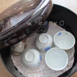 食器を減らして収納扉を見直し!お茶セットを処分