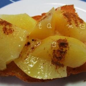 世界一簡単なりんごバターのレシピ♪電子レンジ2分で作る節約スイーツ