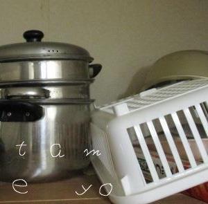【50代の片づけ】魔窟のキッチン収納棚は危険!蒸し鍋を処分して安全対策