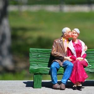 【熟年離婚】50代夫婦の変化と距離を保ちながら添い遂げる方法