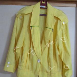【服を減らす】若い頃のジャケットを着て覚えた違和感!手放しの作法