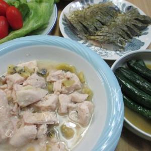 鶏むね肉はキウイでやわらかジューシー♪炊飯器の低温調理で簡単