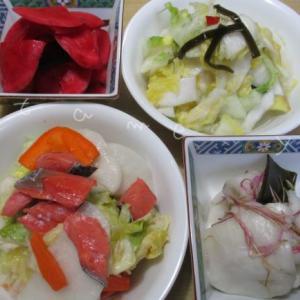 カブや白菜の漬物をペットボトルの重石で簡単に手作り♪