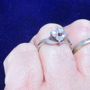メモリアルダイヤモンドでシンプルな葬儀やご供養を考える